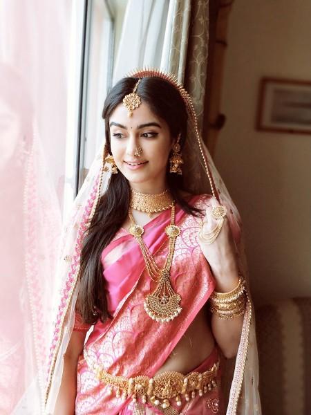 Adah-Sharma 32 best saree look
