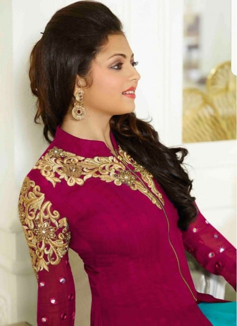 Drashti dhami hot in red salwar