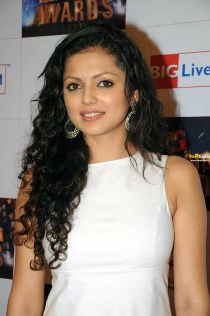 drashti dhami hot images in white dress