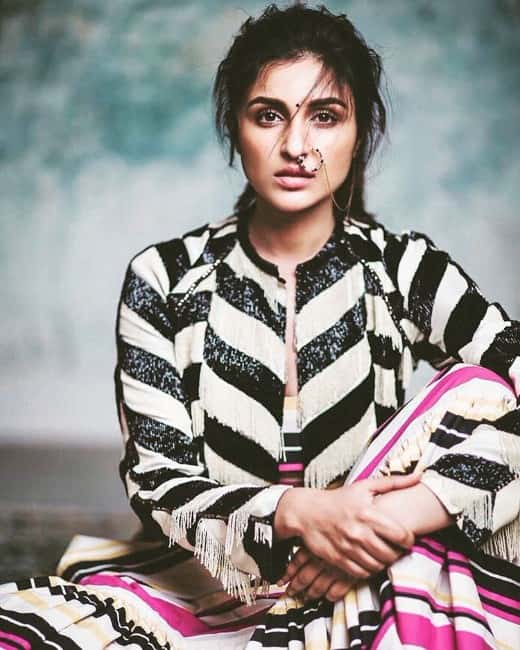 hot actress Parineeti chopra latest gorgeous photshoot still