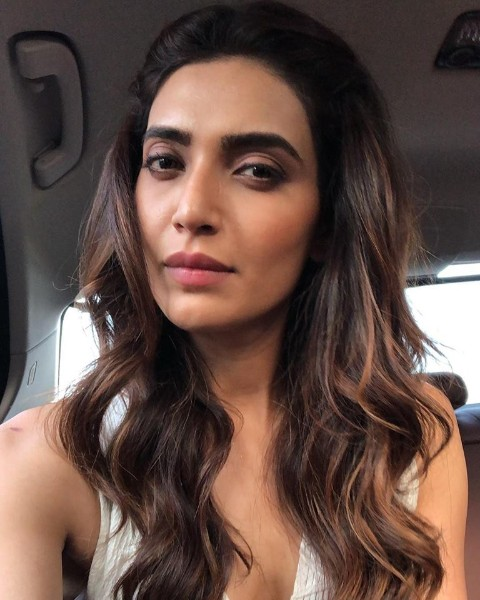 36 Best Karishma Tanna Hot Pics Latest Sexy Bikini Photos - Bolly C-7779