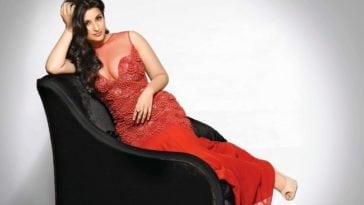 parineeti chopra hot pics in red dress old photo