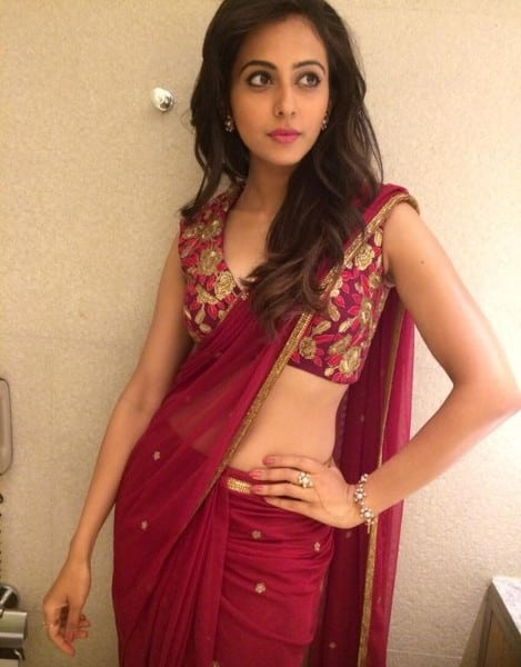 rakul preet singh hot images showing navel