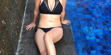 Monalisa bikini hot pics and imagesMonalisa bikini hot pics and images