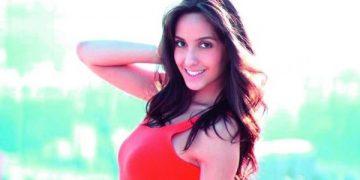 Nora Fatehi hot ire bikini