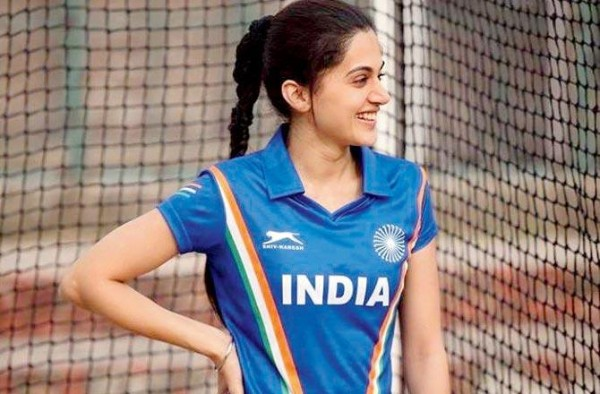 Taapsee Pannu to gift her jersey from Soorma to hockey enthusiast