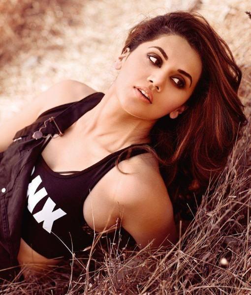 maxim photshoot of judwa 2 actress Taapsee Pannu hot pics