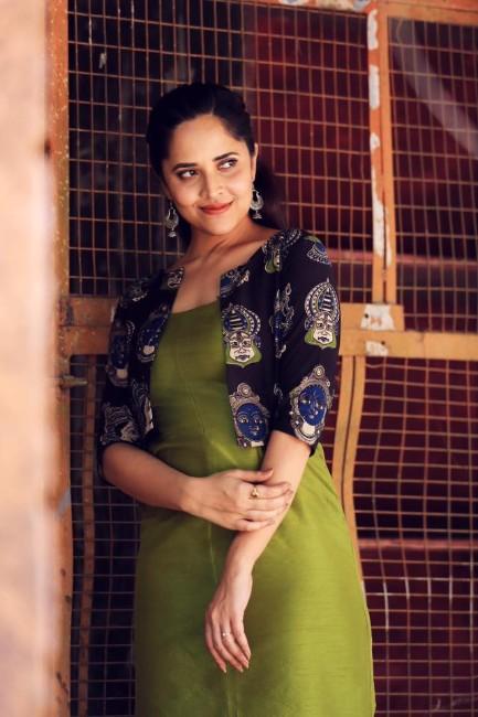 Anasuya Bharadwaj hot,Anasuya hot,Anasuya sexy,Anasuya bikini images and pics