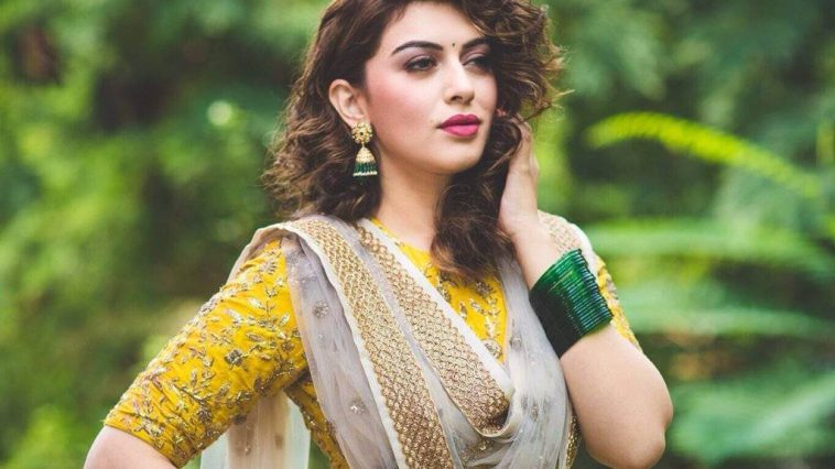 Hansika Motwani hot pics,Hansika Motwani sexy images,Hansika Motwani nude ,Hansika Motwani boobs nakes picture and wallapapers (2)
