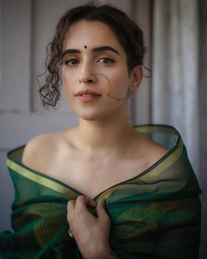 Sanya Malhotra boobs sexy photos