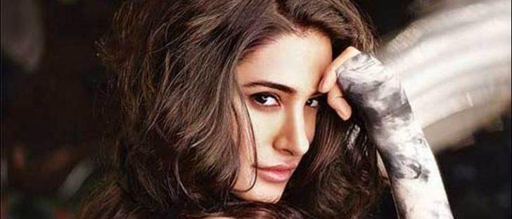 Nargis Fakhri hot pics, Nargis Fakhri sexy images, Nargis Fakhri nude and nake photos