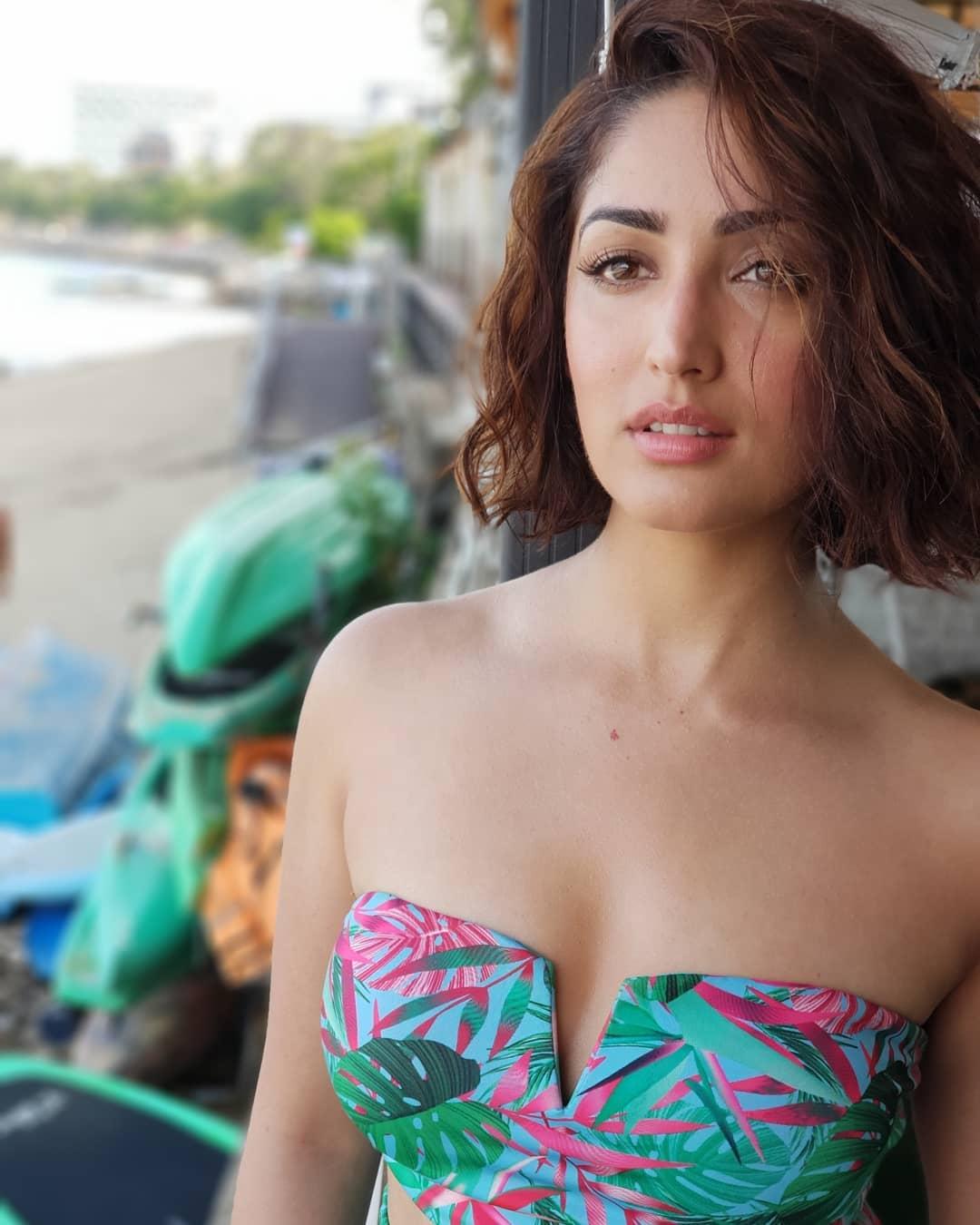 Yami Gautam hot, Yami Gautam sexy, Yami Gautam nude, Yami Gautam boobs,Yami Gautam photos