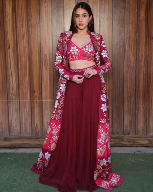 Sara Ali Khan Most Hottest Instagram Pics Sizzling Bikini Pics