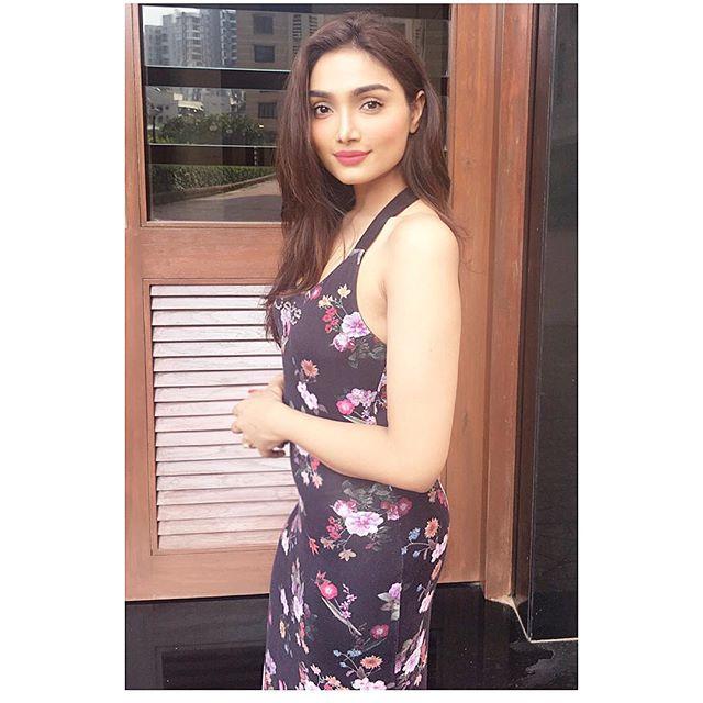 Aishwarya Devan photos from her instagram are some sexist bikini photos of her