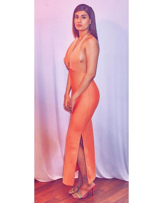 Shreya Dhanwanthary hot photos sext instagram bikini pics
